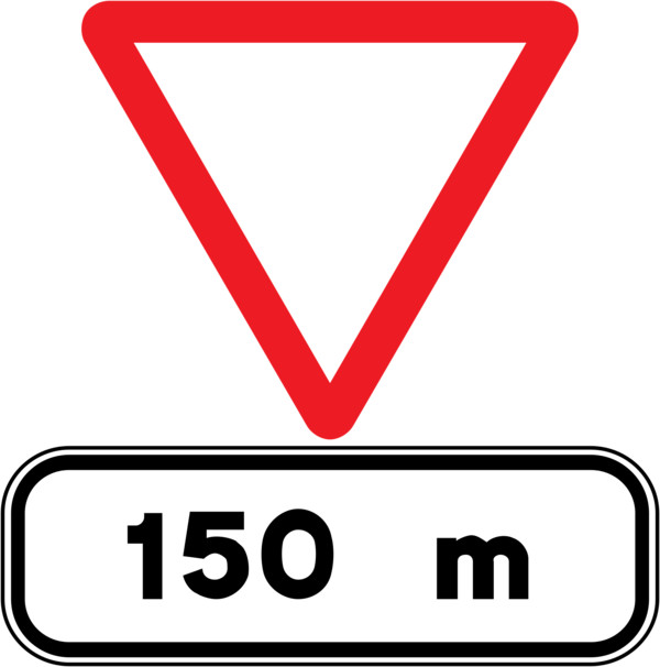 Give Way In 150m Spain PNG Image